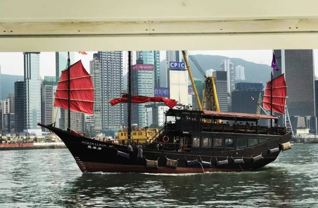 每天一炮,香港游艇帆船受得了?w6.jpg
