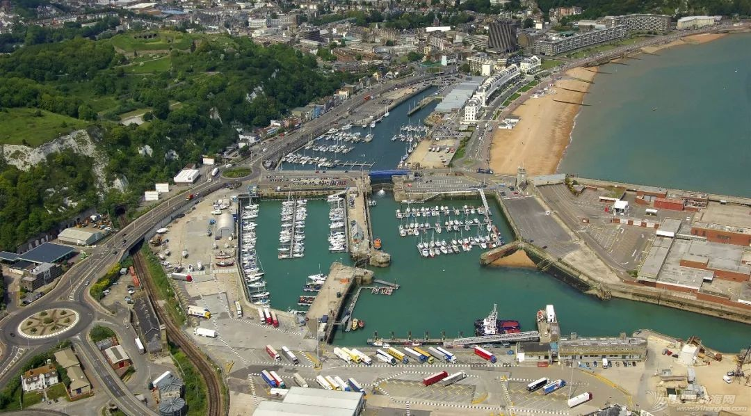 英国游艇码头分布第三十篇,多佛尔w4.jpg