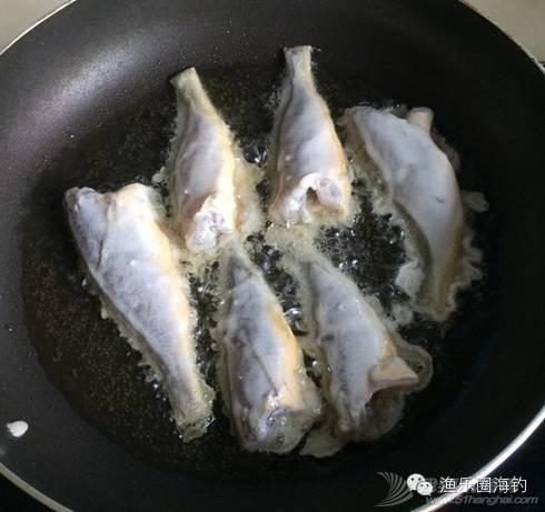 吃货们看过来,教你怎样把鱼煎得漂漂亮亮的.w8.jpg