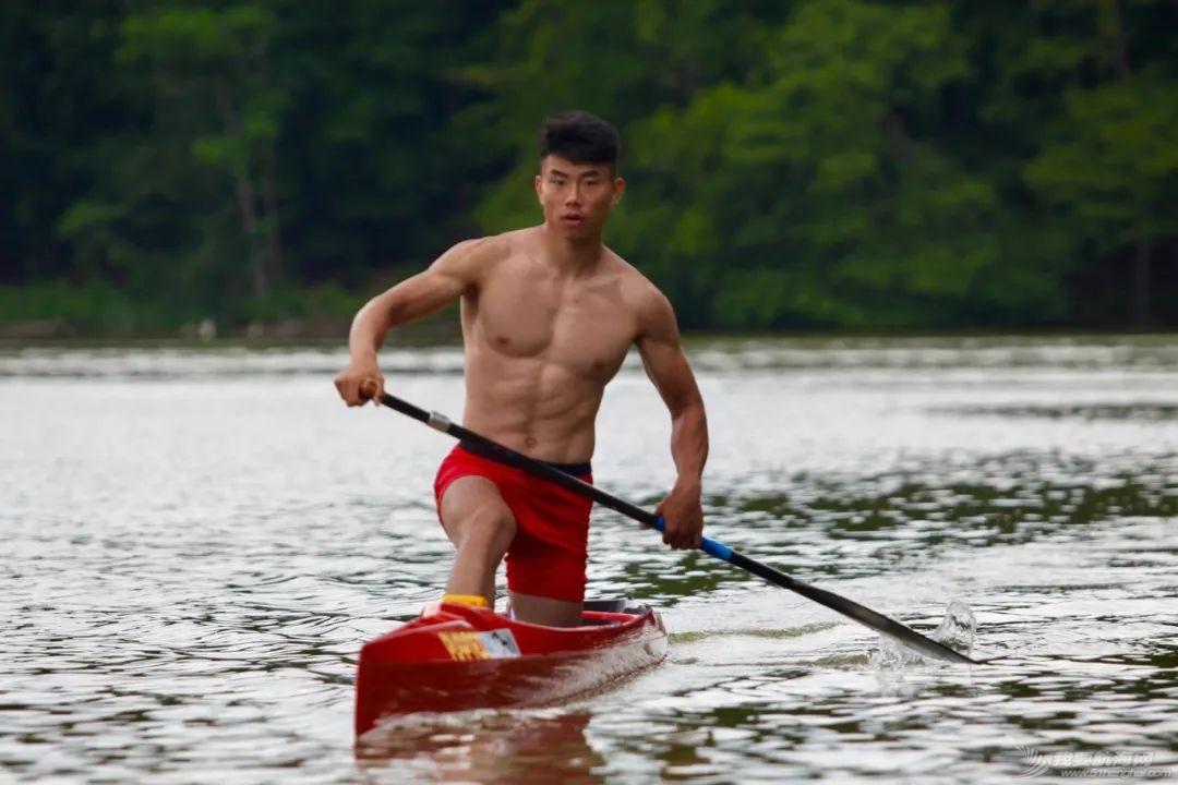 中国皮划艇潜心备战世锦赛 嘘!这里有刷爆朋友圈的好身材w7.jpg