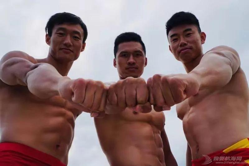 中国皮划艇潜心备战世锦赛 嘘!这里有刷爆朋友圈的好身材w13.jpg