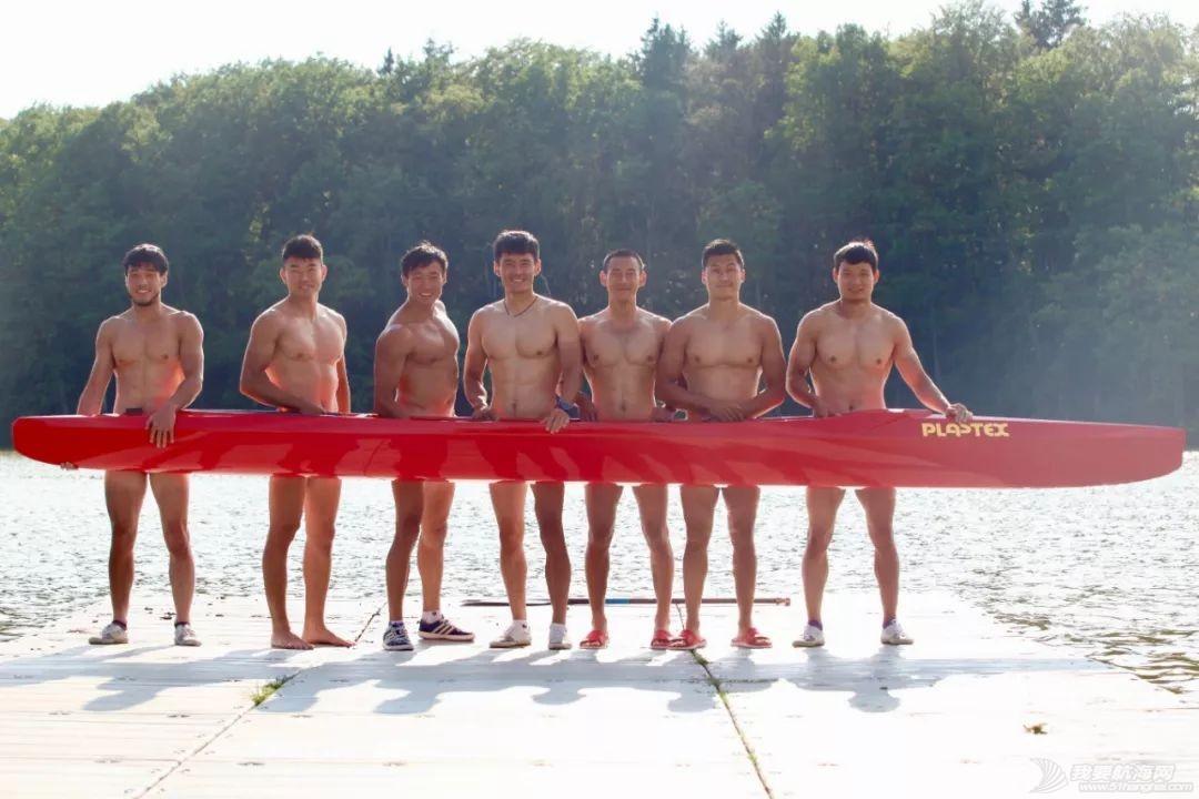 中国皮划艇潜心备战世锦赛 嘘!这里有刷爆朋友圈的好身材w15.jpg
