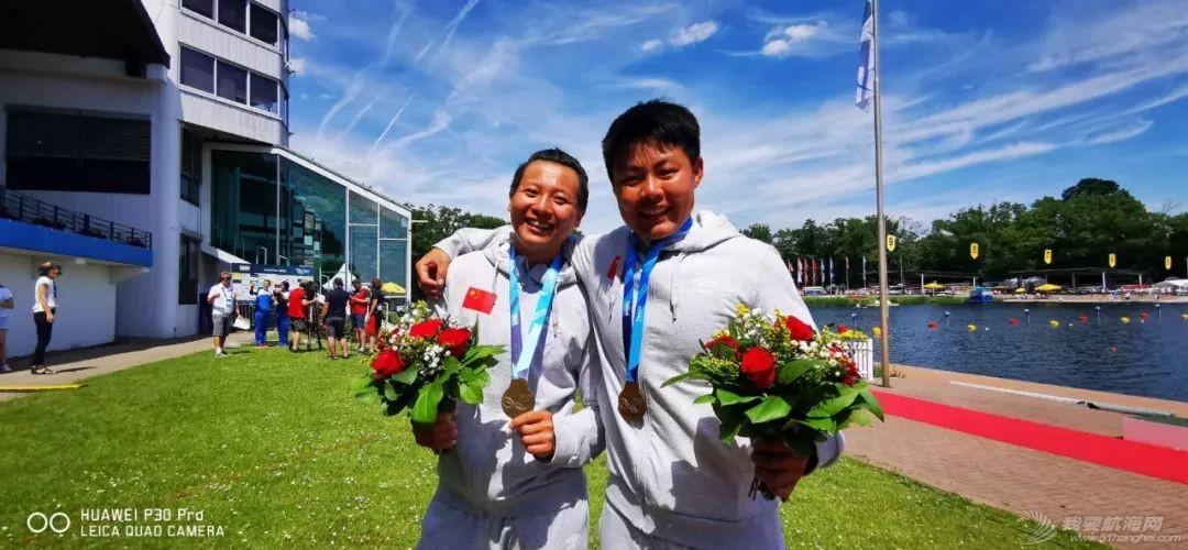 皮划艇世界杯第二站   终于等到这块金牌!浩飞组合男子双划1000米创世界最好成绩夺冠w6.jpg