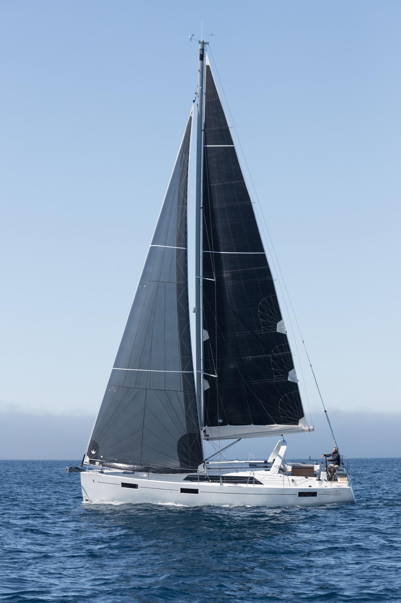 船舶知识讲堂 | 如何安装帆船桅杆