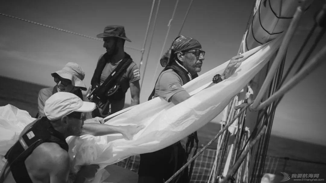 三亚号抵达菲律宾苏比克湾w5.jpg