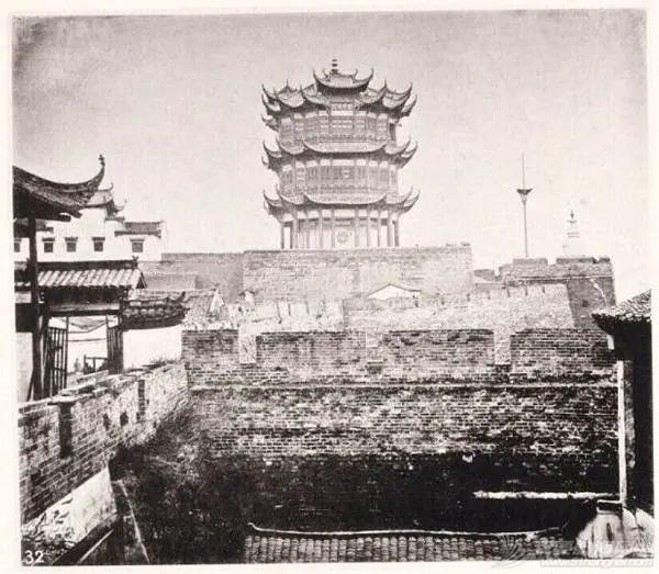见证千年往事:黄鹤楼是怎样被重建的?w4.jpg
