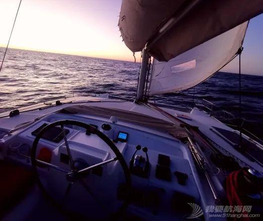 青岛梦想号环球航海日志—纳米比亚的杀人风暴w2.jpg