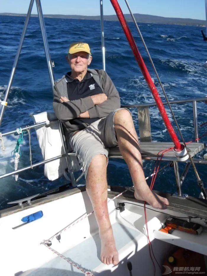 传奇不老!澳洲81岁老翁Bill Hatfield独自不停站环球航行8个月w3.jpg