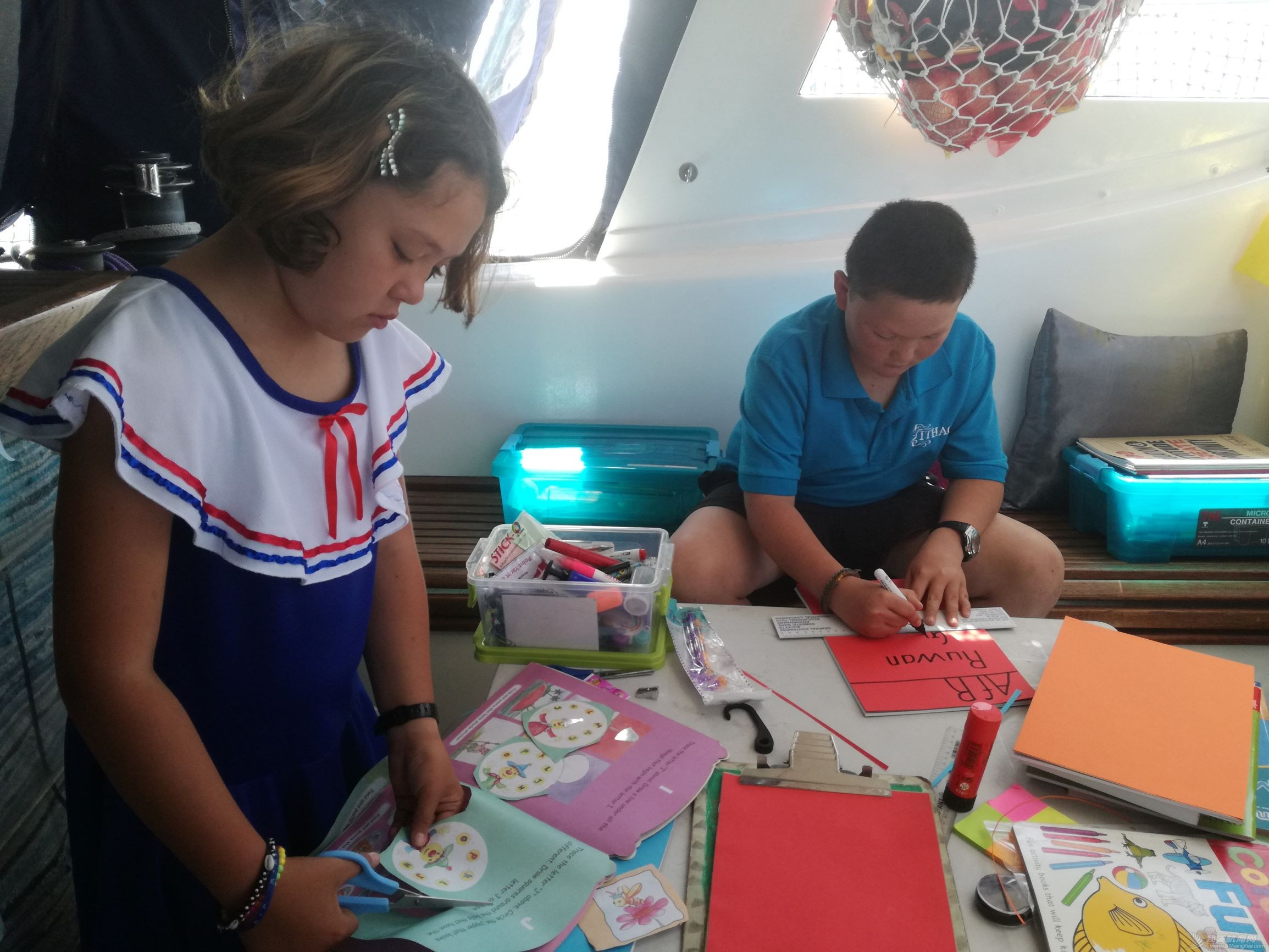 我们,帆船,俱乐部,南非,离开 ITHACA号航海 15 新年喜团聚,没有保险,也不能阻止向海洋出发 孩子准备作业本 023514msolcr9fli0xzvlc