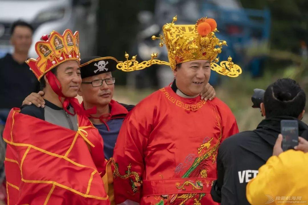 帆船人花式贺新年:首届中国风筝帆板空中飞人装扮赛落幕w5.jpg