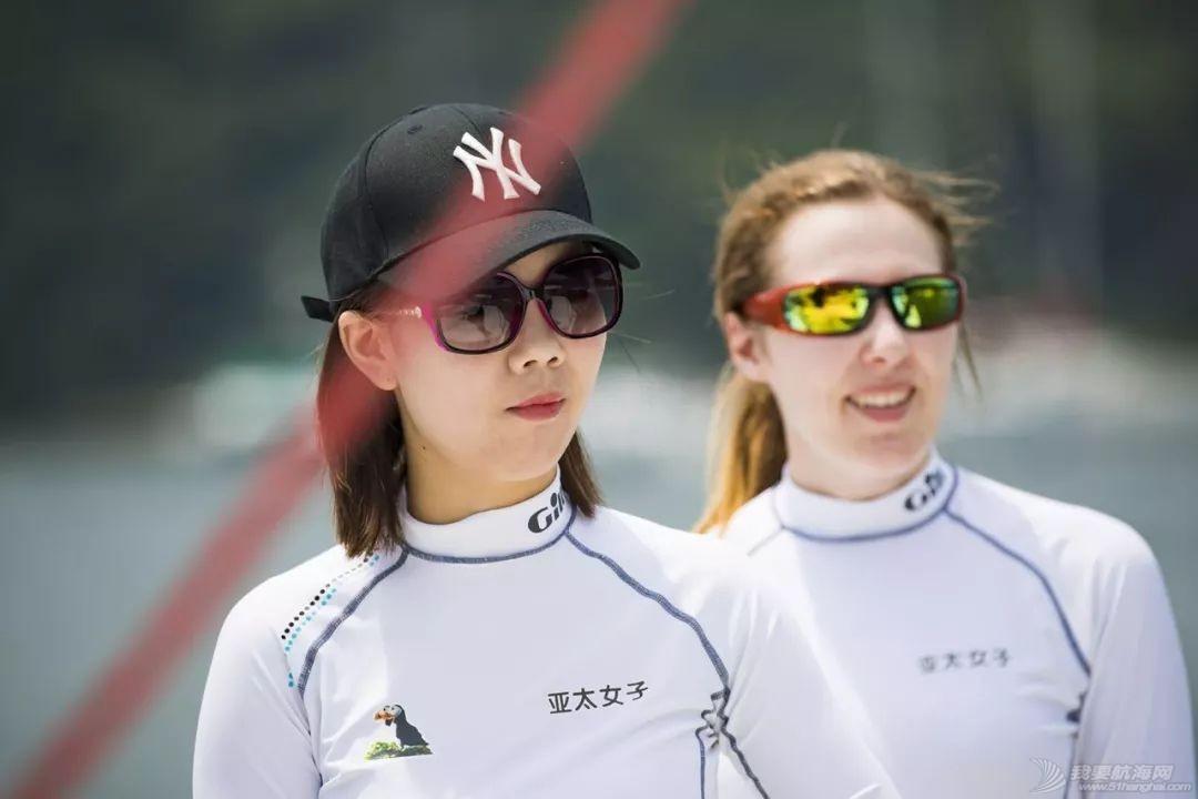 香港帆船上的女刀手,纪念中国最后一片江湖w8.jpg