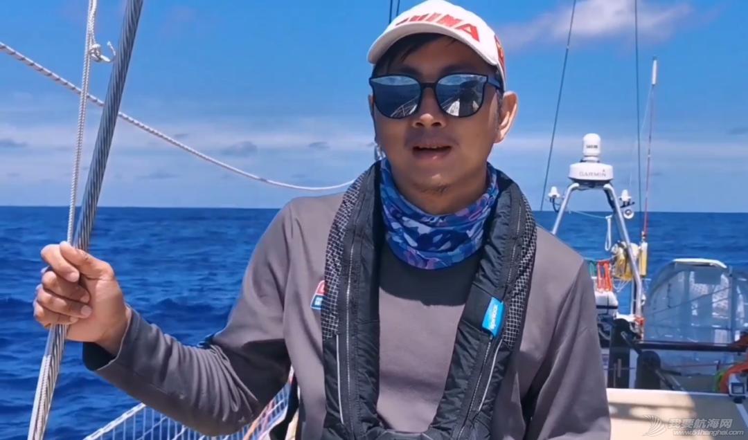环球帆船上的24小时 | 珠海号大使船员直播分享回顾w36.jpg
