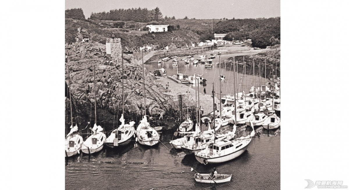 1980-lessor-bateaux-format.jpg