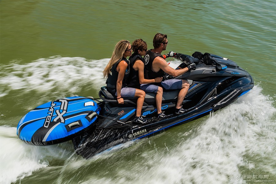 摩托艇,物品,信号,建议,设备 摩托艇驾驶之重要携带品与安全规则!  111429xccuaitqnnnwwnck