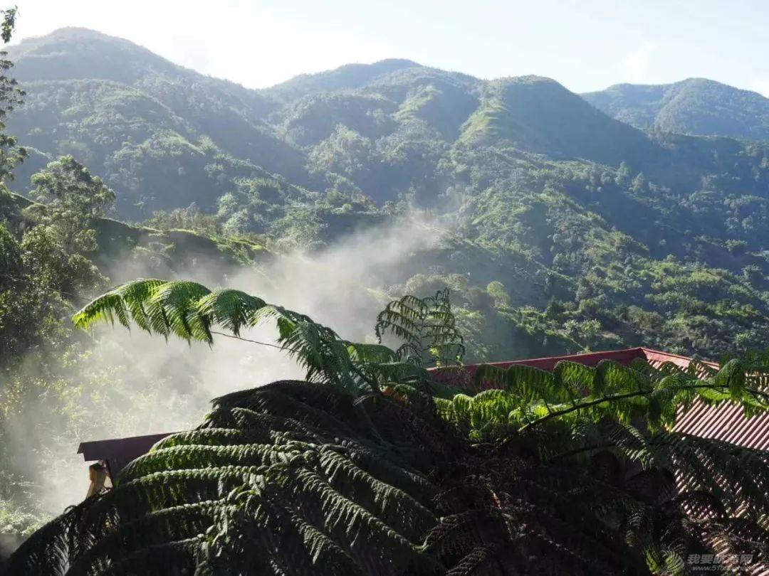 """大麻飘香,枪击不断,这是我们遇见的最""""礼貌""""的牙买加w74.jpg"""