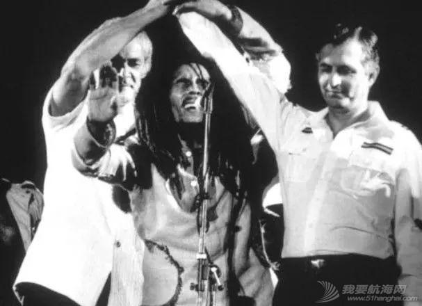 """大麻飘香,枪击不断,这是我们遇见的最""""礼貌""""的牙买加w96.jpg"""
