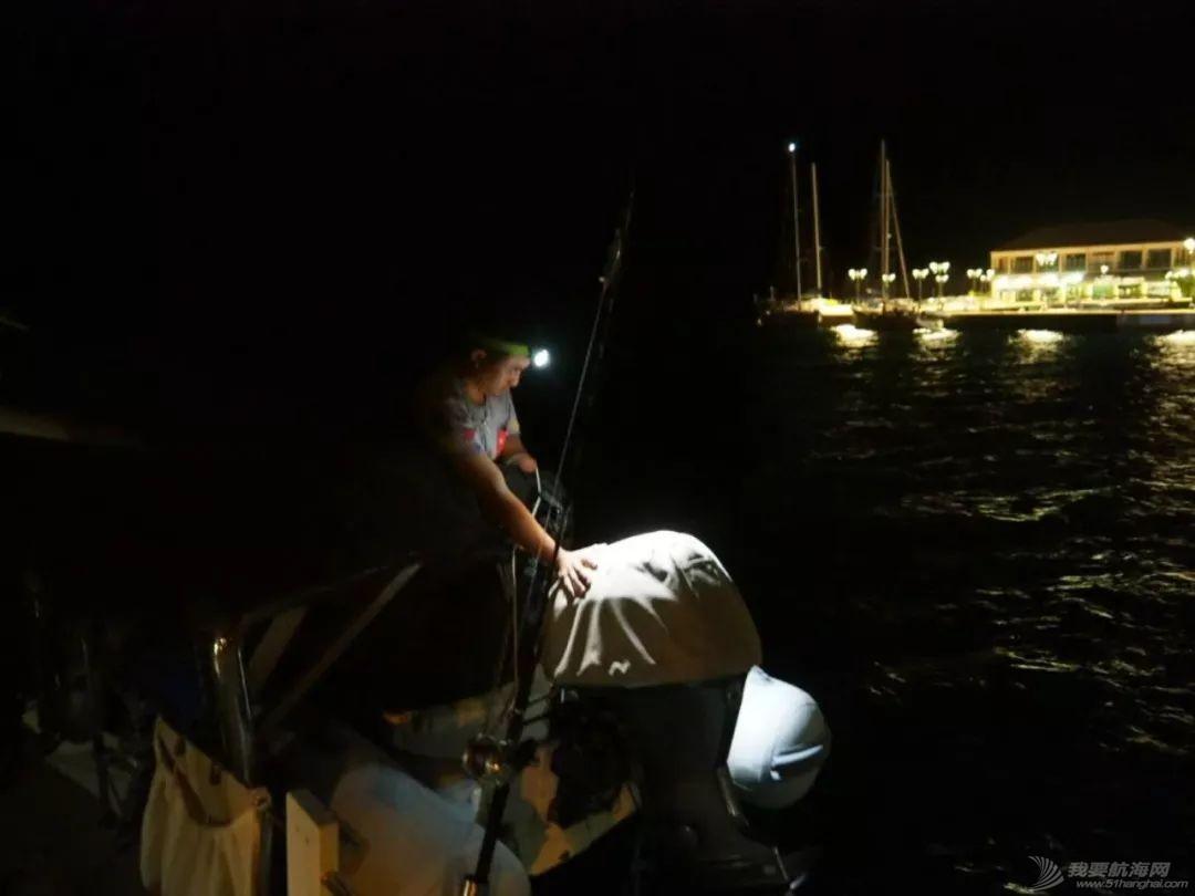 梦想号大溪地航行去汤加寻找鲸鱼的踪迹w35.jpg