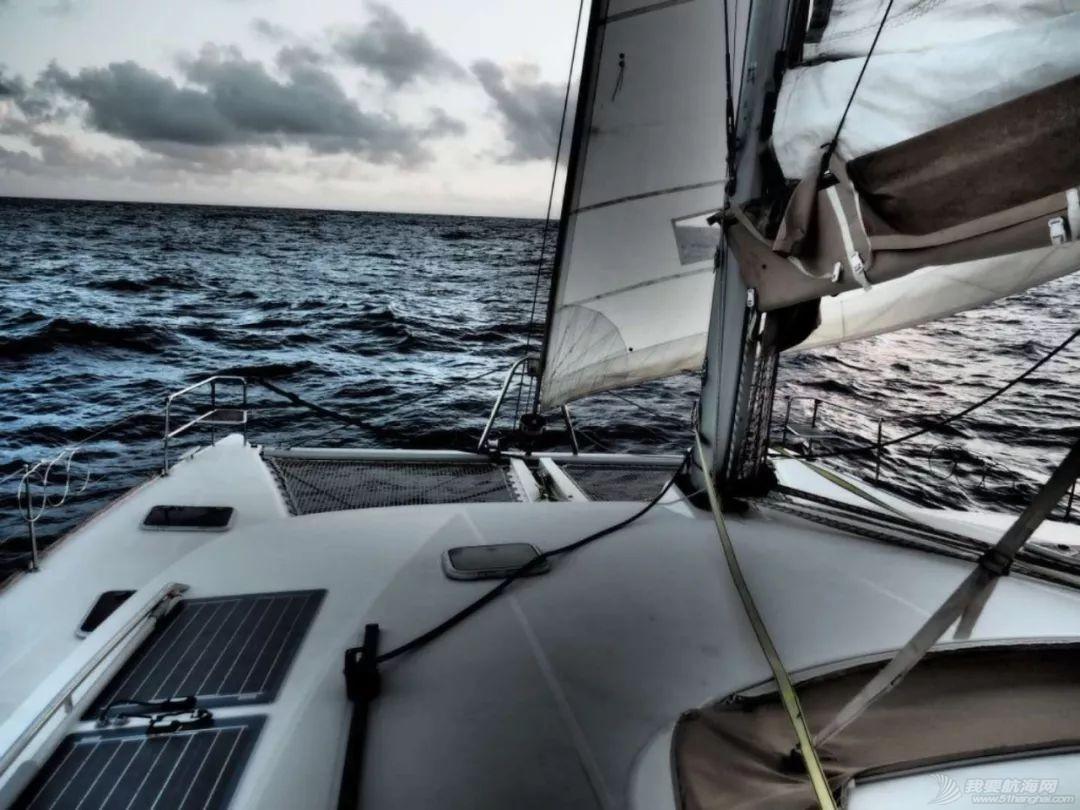 梦想号大溪地航行去汤加寻找鲸鱼的踪迹w54.jpg