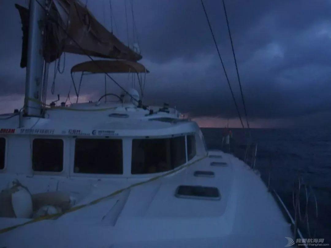 梦想号大溪地航行去汤加寻找鲸鱼的踪迹w57.jpg