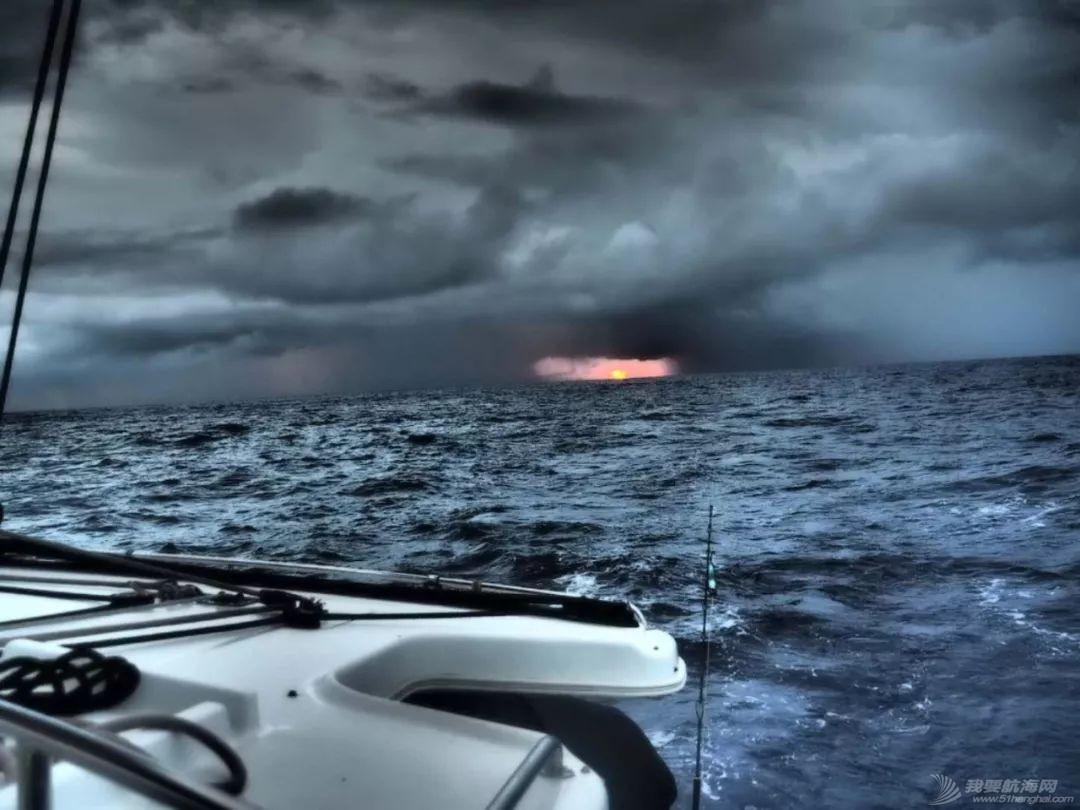 梦想号大溪地航行去汤加寻找鲸鱼的踪迹w58.jpg
