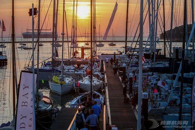 环怀特岛帆船赛:千帆竞发的帆船赛事是如何打造的?| 世界帆船赛事巡礼⑥w10.jpg