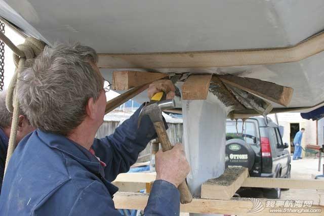 [转帖] 一艘玻璃钢帆船的龙骨维修【机翻】