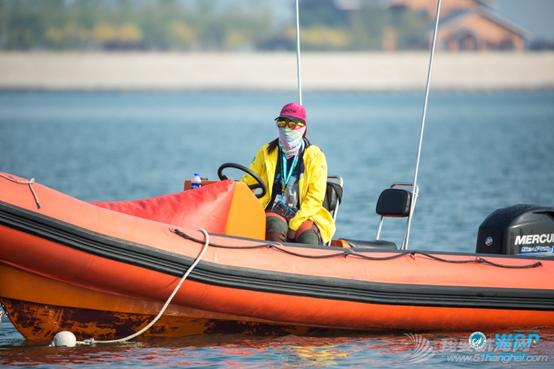 黄跃:为业余帆板爱好者服务是件很有意义的事 | 追风的人?w5.jpg