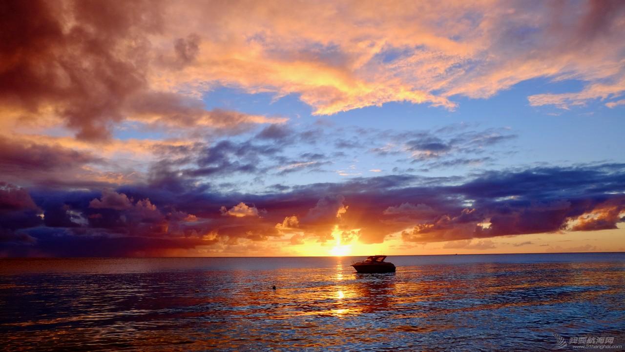 【世界海洋日】世界尽头天堂般的海岛,堆满了海上漂来的塑料拖鞋