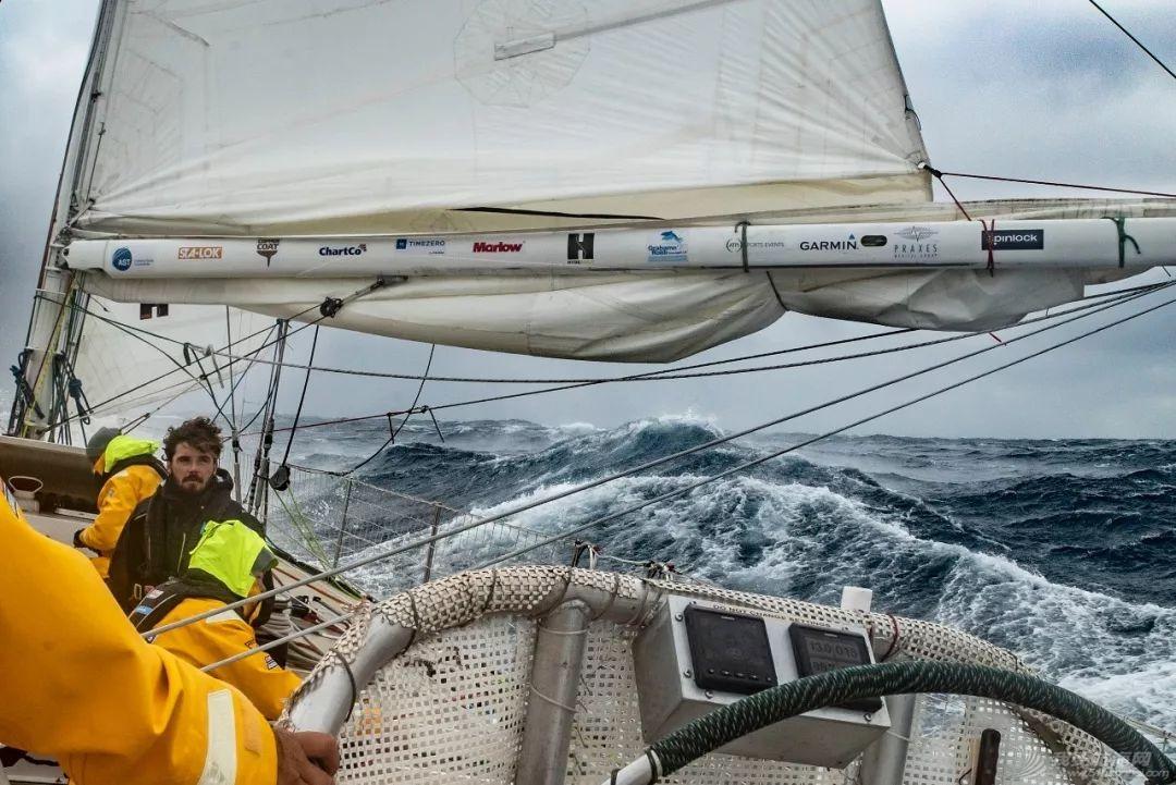 赛程3第9日:船队踏浪前行、南大西洋挑战赛过半w3.jpg