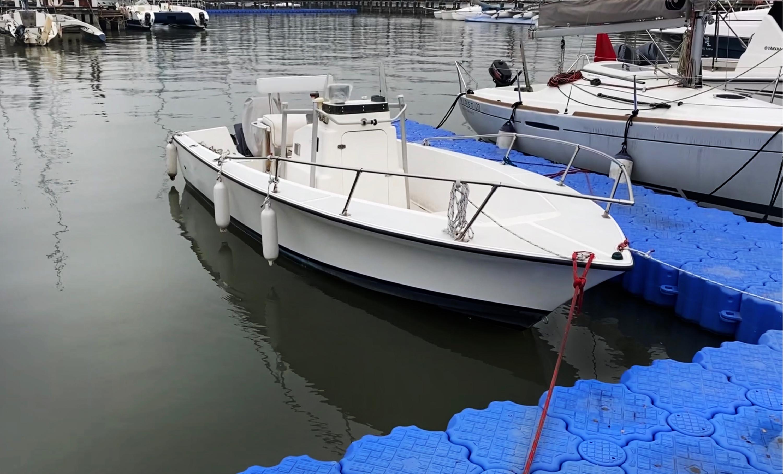 美国Heritage钓鱼艇  4.9万元 (证书待办中)