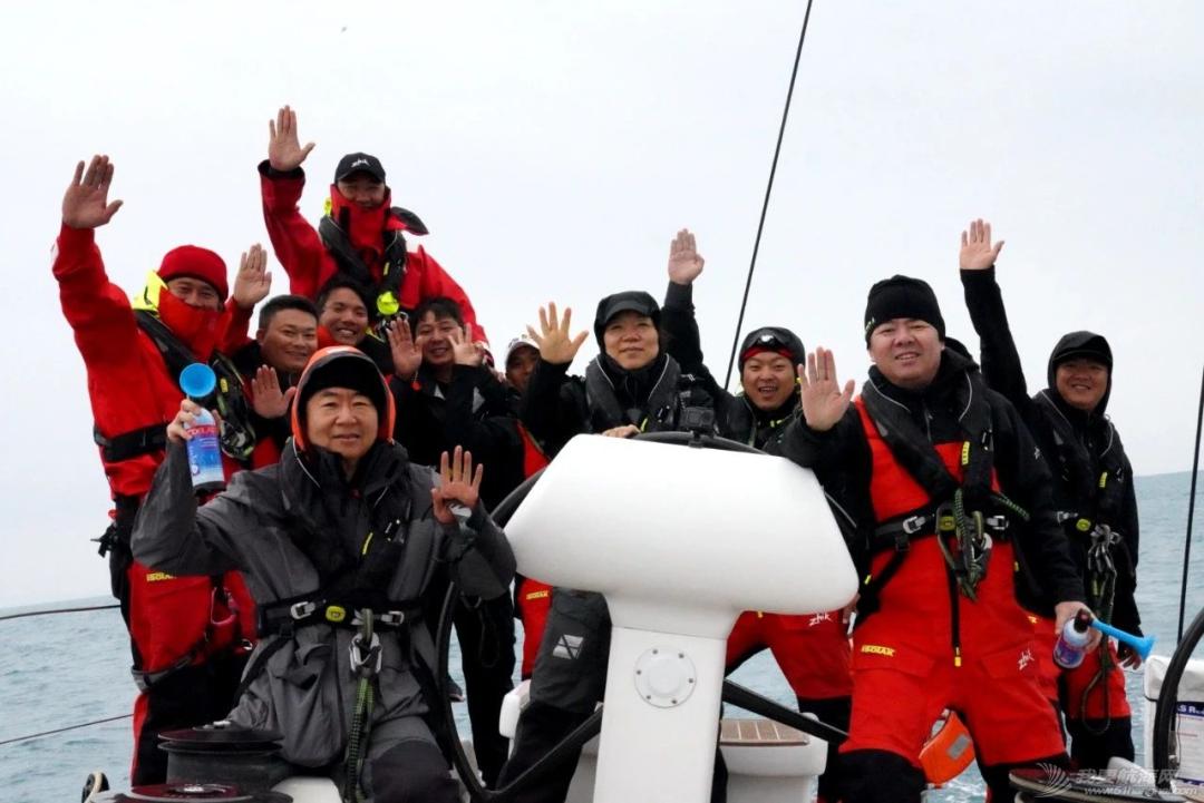 扬帆追逐新年的光 多地举办帆船赛事共庆元旦w3.jpg