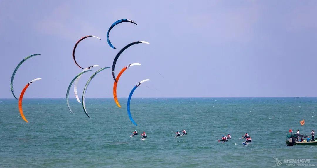 中国体育彩票2021年全国风筝板冠军赛开赛 百余名选手逐浪博鳌w9.jpg