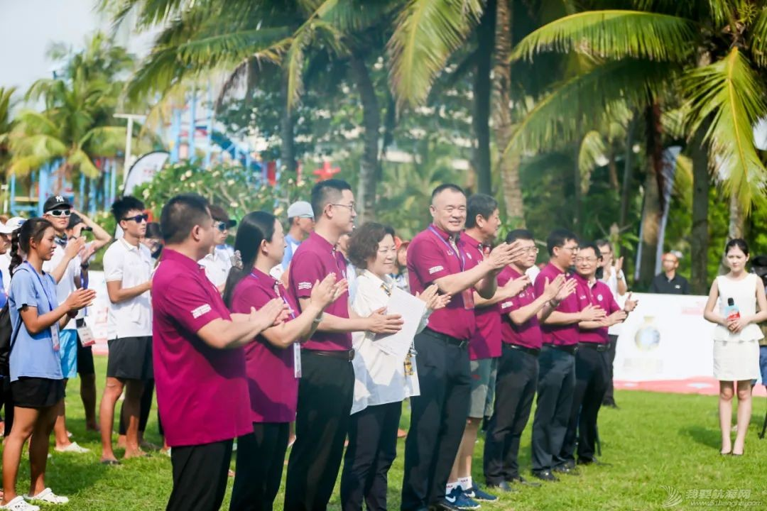 中国体育彩票2021年全国风筝板冠军赛开赛 百余名选手逐浪博鳌w10.jpg