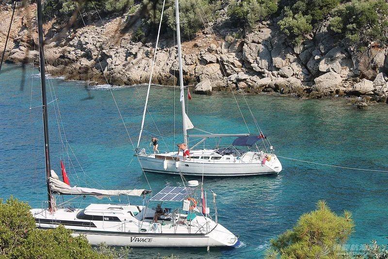 海有很多颜色,就像帆船航海度假不止一种类型w3.jpg