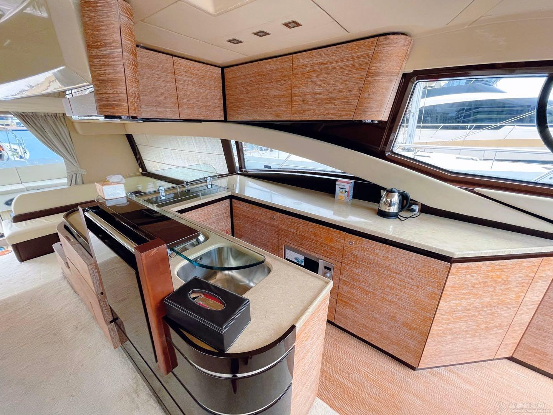 外观,沙发,内景,休息,卧室 意大利阿兹慕58尺游艇出售 内景 111622cnznj77exxenvwzj