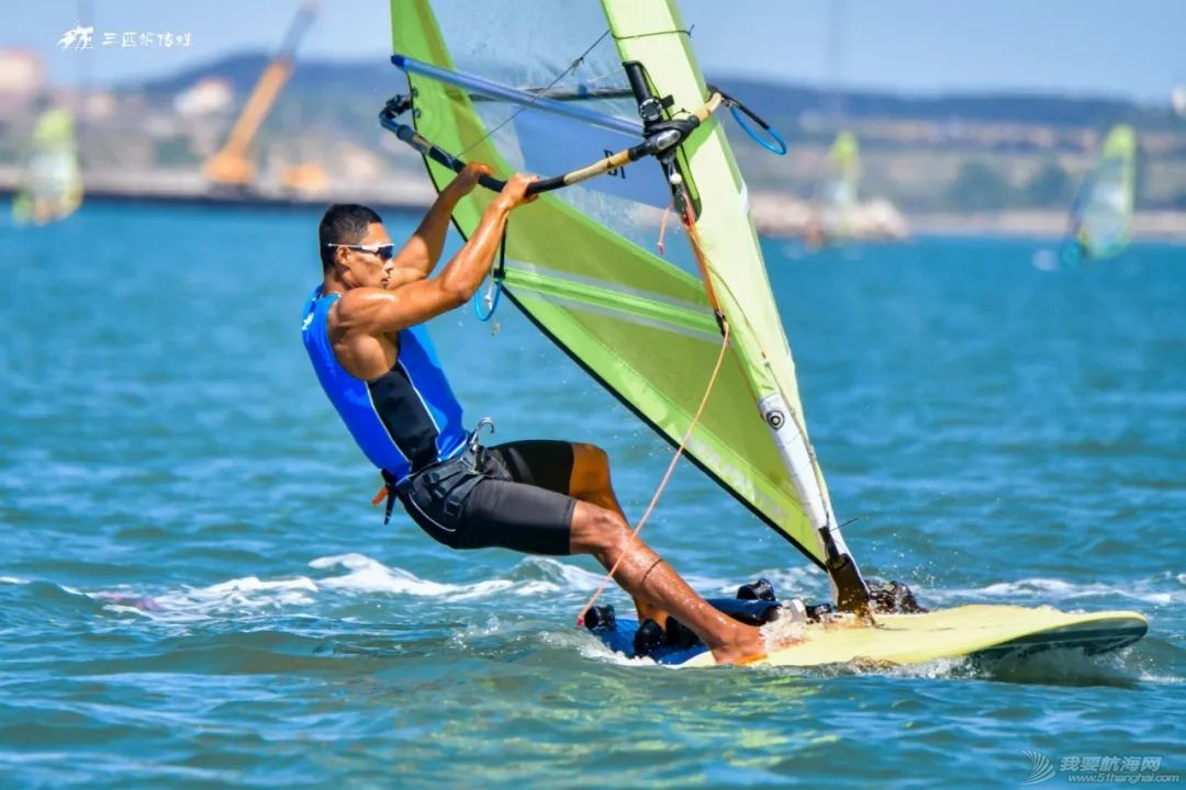 2021年全国帆板冠军赛暨东京奥运会帆板项目备战大合练荣成收帆w2.jpg