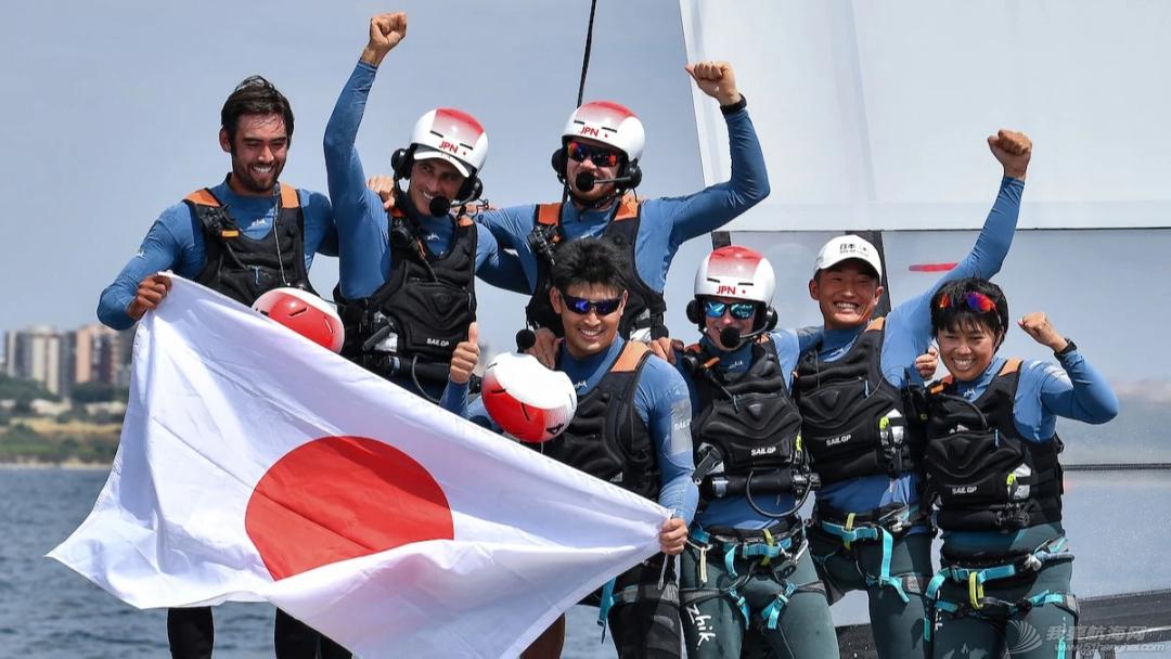 赛领周报丨交大EMBA帆船俱乐部举办公益活动;SailGP第二站结束;斯蒂芬爵士从新西兰酋长队正式退休;欧洲夏季赛第二赛段启航w7.jpg