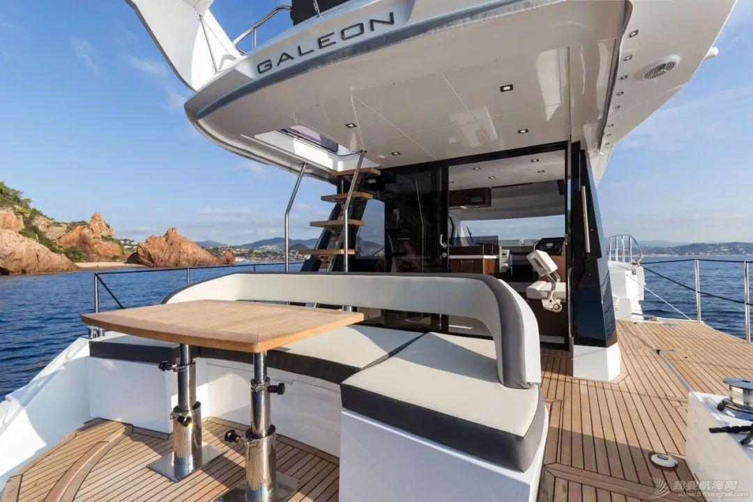 """风靡游艇市场的""""海上变形金刚""""硬顶遮阳棚款即将到货w9.jpg"""