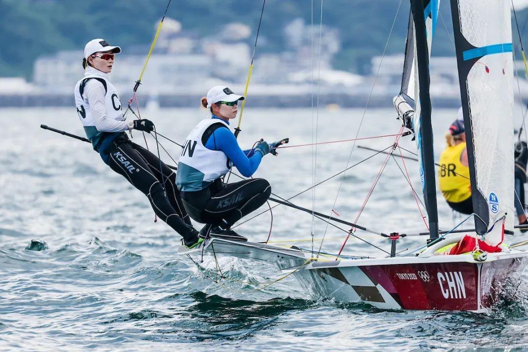 致敬中国帆船帆板队每一位英雄!w5.jpg