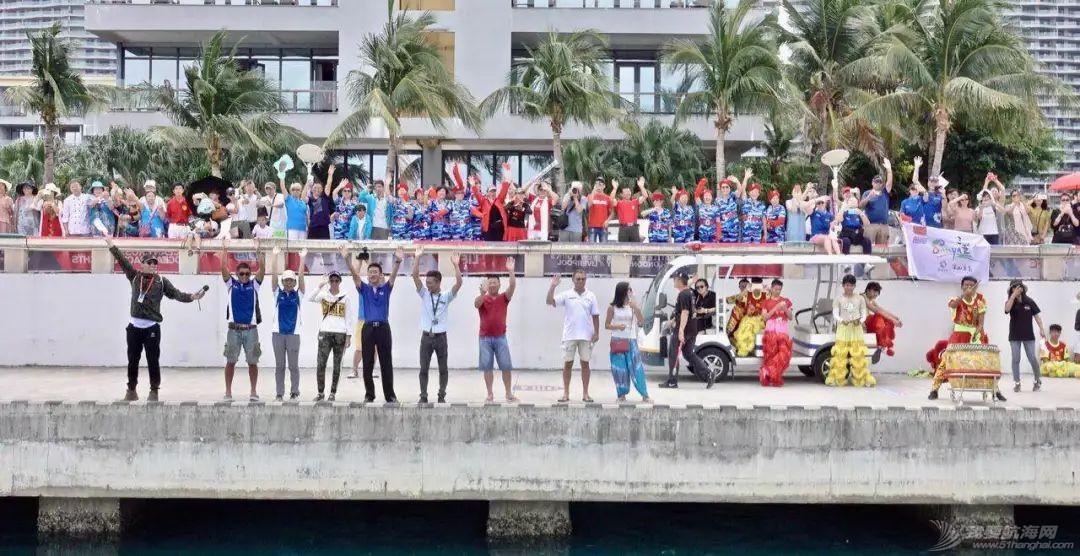 三亚欢送克利伯环球帆船赛船队启程前往青岛w12.jpg